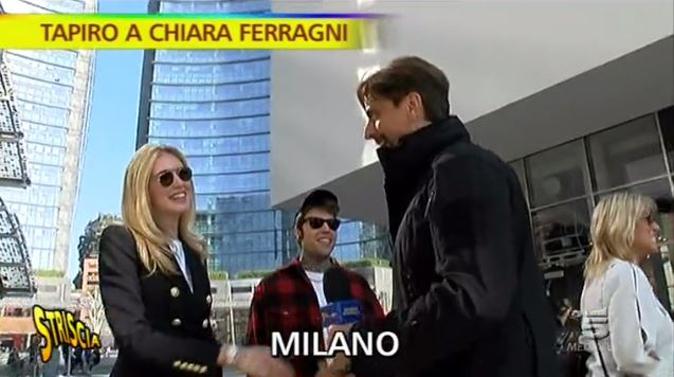 Striscia la Notizia, Fedez e Chiara Ferragni: Tapiro d'oro per la fashion blogger, ecco il motivo [VIDEO]