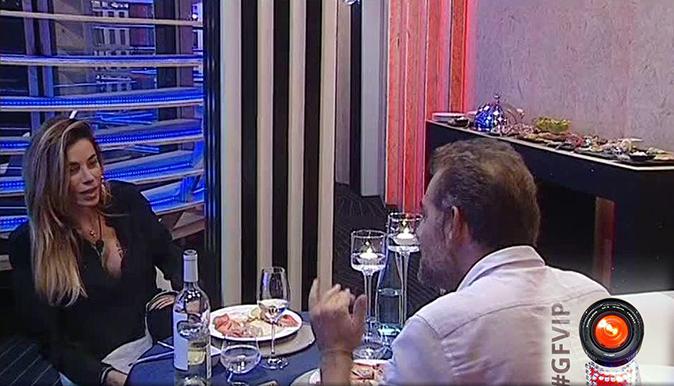 """Grande Fratello Vip 2017, Daniele Bossari cena con Aida Yespica: """"Avevo voglia di avvicinarmi a te!"""" [VIDEO]"""
