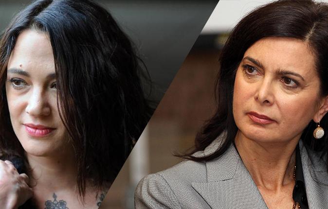 """Laura Boldrini difende Asia Argento: """"Non mollare e rimani in Italia!"""", sostegno anche da Emma Bonino"""