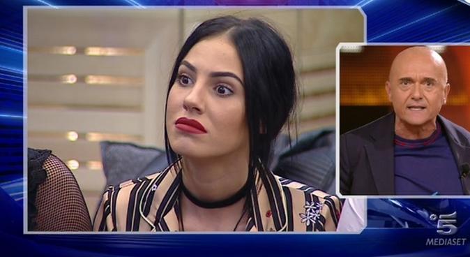 """Grande Fratello Vip, scontro shock tra Giulia De Lellis e Alfonso Signorini: """"Stai zitta, ignorante!"""" [VIDEO]"""