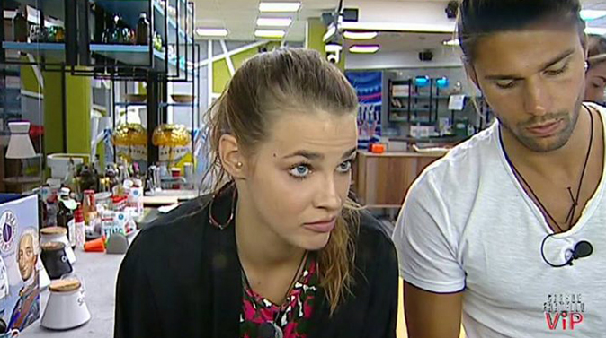 Luca e Ivana, GF Vip 2: nuova intesa tra l'ex tronista e la modella, ecco cosa è successo stanotte