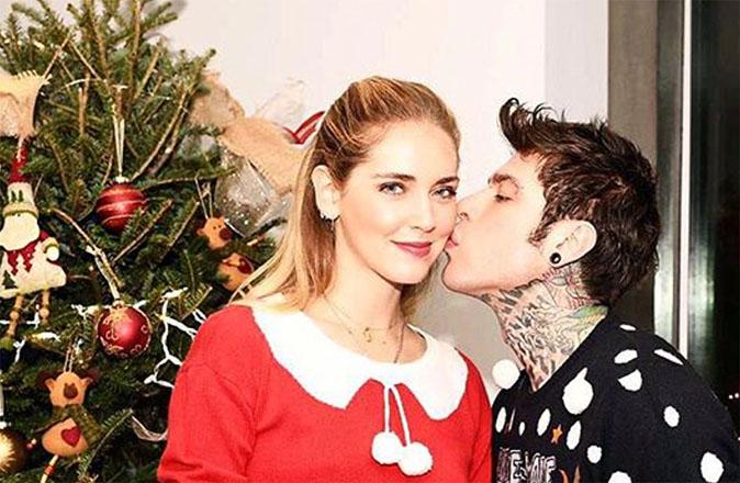 Gossip News, Fedez e Chiara Ferragni addobbano casa per Natale: il messaggio per Leone