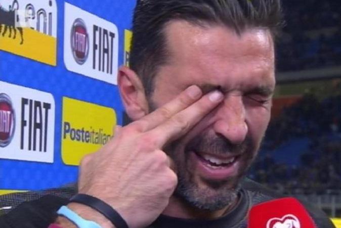 Italia fuori dai Mondiali 2018: le reazioni social dei Vip, da Simona Ventura a Nina Moric