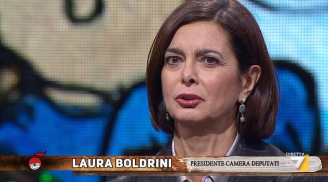 """Laura Boldrini a Tv Talk, l'intervento sulle fake news: """"Non c'è da ridere, non fa ridere"""""""