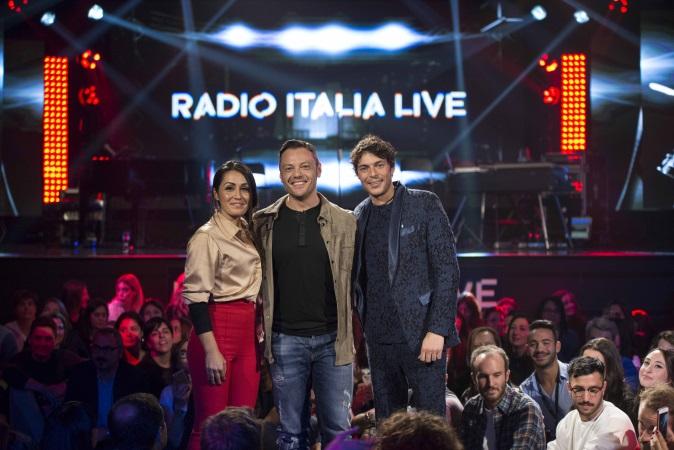 Radio Italia Live, prima puntata oggi 15 novembre con Tiziano Ferro su Real Time, info streaming