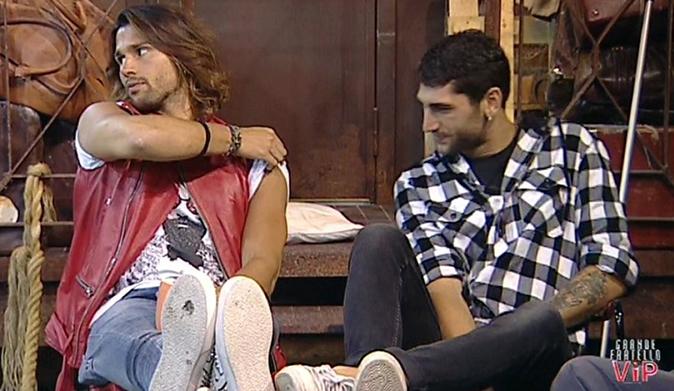 Grande Fratello Vip, Jeremias e Luca: amicizia al capolinea, Rodriguez sbotta 'Di lui non m'importa!'