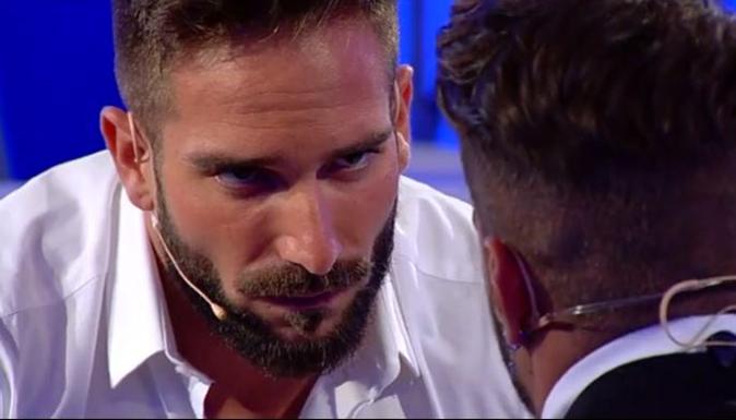 Uomini e Donne oggi, la scelta di Alex Migliorini: sta ancora con Alessandro D'Amico? (Video)