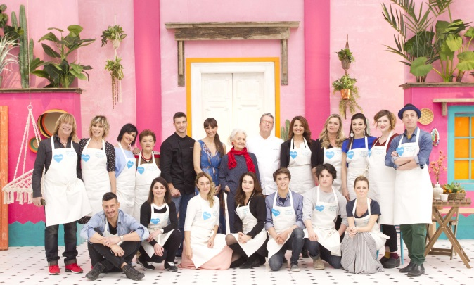 Bake Off Italia Celebrity Edition 2017: puntata 8 dicembre, le coppie in gara e info streaming