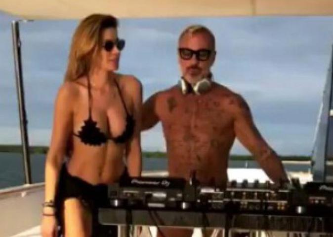 Aida Yespica, c'è del tenero con Gianluca Vacchi? La showgirl riabbraccia il figlio dopo il GF Vip