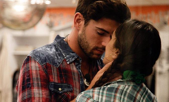 """Cecilia Rodriguez e Ignazio Moser, dopo il GF Vip: """"Siamo andati a convivere!"""", con Monte non era successo"""
