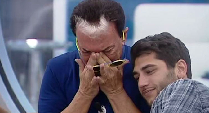 Cristiano Malgioglio, GF Vip 2: 'Impazzivo quando baciavo Jeremias, adesso vorrei fare Amici'