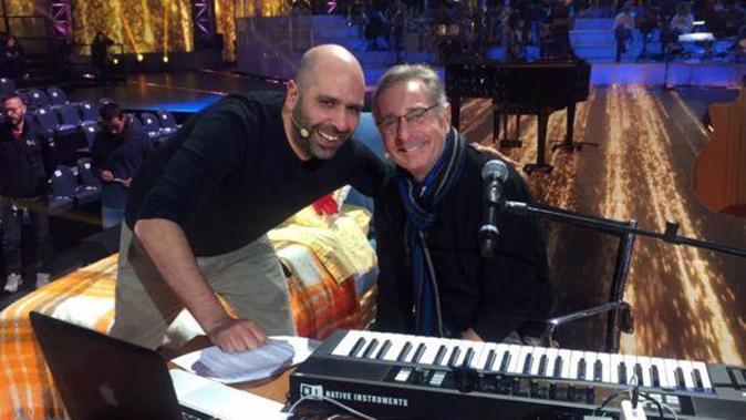 Music, anticipazioni 13 dicembre: Checco Zalone ospite di Bonolis, info streaming