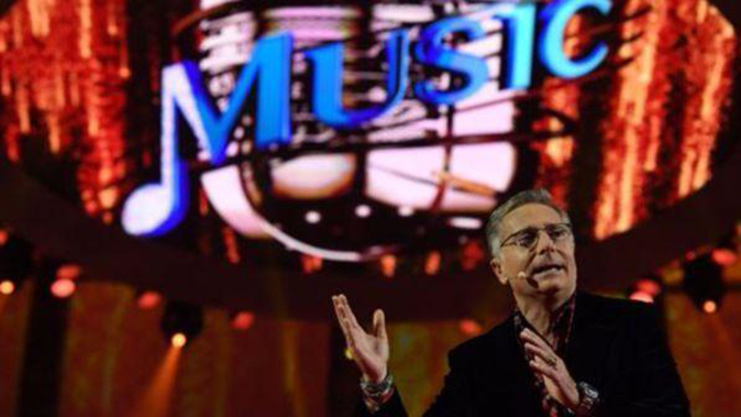 Music, anticipazioni prima puntata 6 dicembre: tutti gli ospiti di Paolo Bonolis