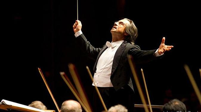 Concerto di Capodanno a Vienna, l'1 gennaio su Rai2, dirige Riccardo Muti: tutte le anticipazioni