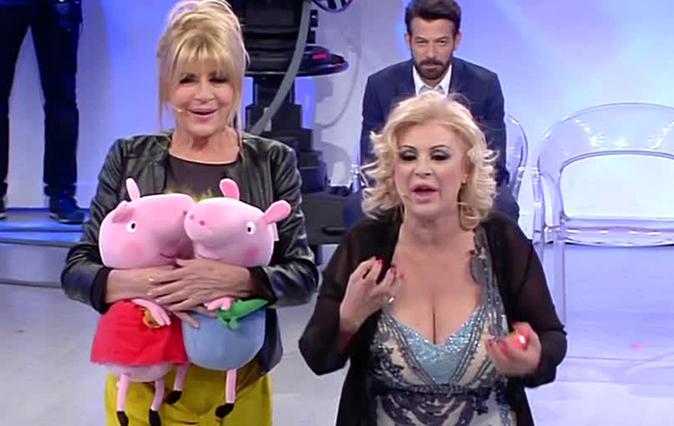 Tina contro Gemma, Uomini e Donne Over: 'Le regalerò un gigolo così calma i bollenti spiriti!'