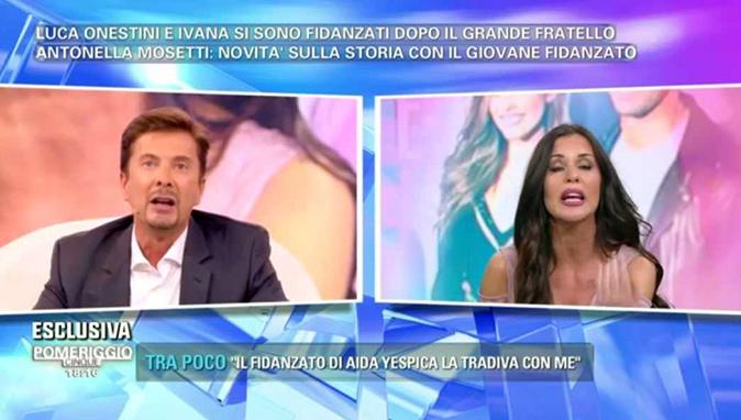 Pomeriggio 5, Antonella Mosetti perde la testa: accuse con Riccardo Signoretti e offese trash