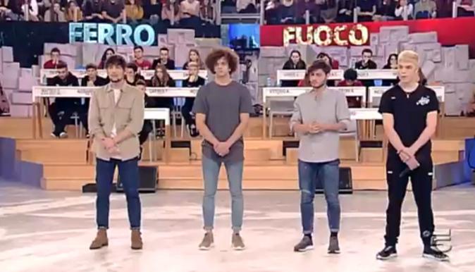 Amici 17, Biondo, Nicolas, Vittorio e Filippo espulsi: cosa è successo, le parole di Maria De Filippi – VIDEO