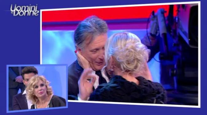 Uomini e Donne over, la supplica di Gemma indigna il pubblico: l'imbarazzo di Giorgio (Video)