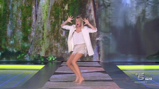 Ascolti Tv, 29 gennaio 2018: Romanzo Famigliare chiude a 4,9 mln; bene Isola dei Famosi 2018 a 4,6 mln