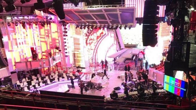 Sanremo 2018, news: la scenografia che fa discutere, da Annalisa a Max Gazzè prime prove in attesa di Baglioni