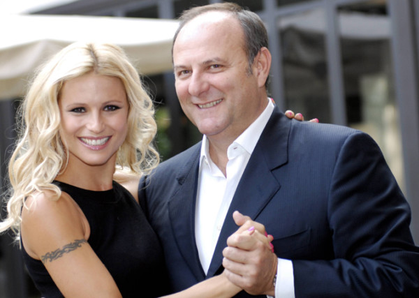 Gossip Tv, Michelle Hunziker torna con Scommettiamo Che?, con lei Gerry Scotti o Nicola Savino