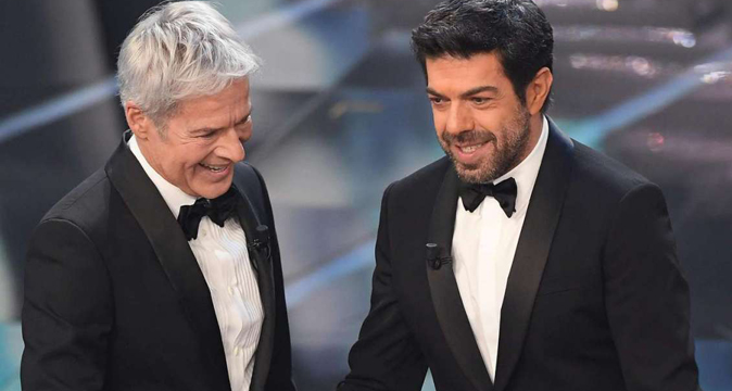 """Sanremo 2019 con Claudio Baglioni? """"Non lo so…"""", Pierfrancesco Favino spiega il giallo di """"Siete tre stronz*"""""""