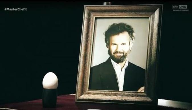 """Carlo Cracco, """"Non ho apprezzato il funerale a MasterChef, per fare audience sono disposti a tutto!"""""""