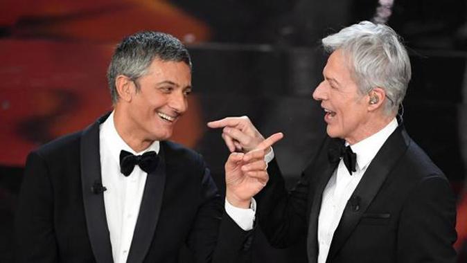 """Fiorello condurrà Sanremo? """"Solo senza cantanti"""", poi la dichiarazione d'amore alla moglie"""
