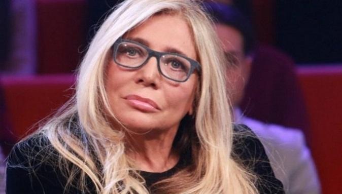 Gossip Tv, Mara Venier furiosa su Instagram in difesa del marito: perde la testa con un utente, ecco cosa è successo