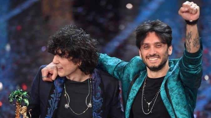 Ermal Meta e Fabrizio Moro vincitori di Sanremo 2018 con Non mi avete fatto niente, Lo Stato Sociale e Annalisa sul podio – VIDEO