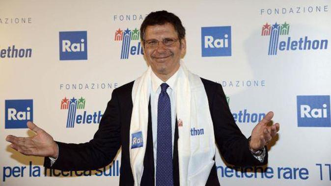 Fabrizio Frizzi, l'indegna polemica degli animalisti: gli atroci commenti web contro Telethon