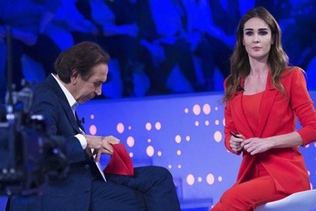 """Giucas Casella a Verissimo svela il vincitore dell'Isola dei Famosi 13: """"Sono un leone, voglio tornare!"""""""