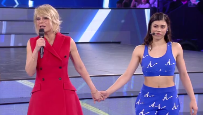 """Amici 17, serale prima puntata: Alessandra Celentano contro Lauren perché in """"sovrappeso"""", vince Matteo, eliminato Filippo"""