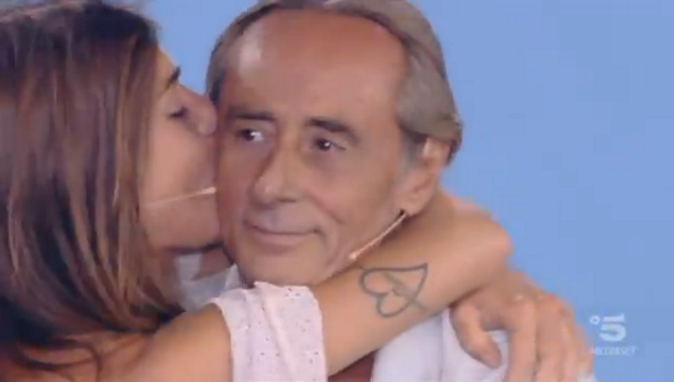 Nino Formicola vincitore Isola dei Famosi 2018: Bianca Atzei seconda, VIDEO premiazione