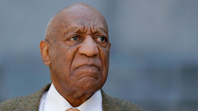 Bill Cosby condannato per violenza sessuale: la star dei Robinson è colpevole e rischia la prigione a vita