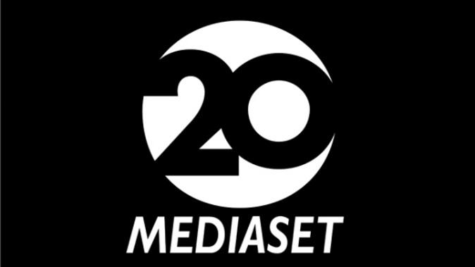 Mediaset, Canale 20: ottimo debutto con il match di Champions League, ecco la programmazione tra film e serie tv