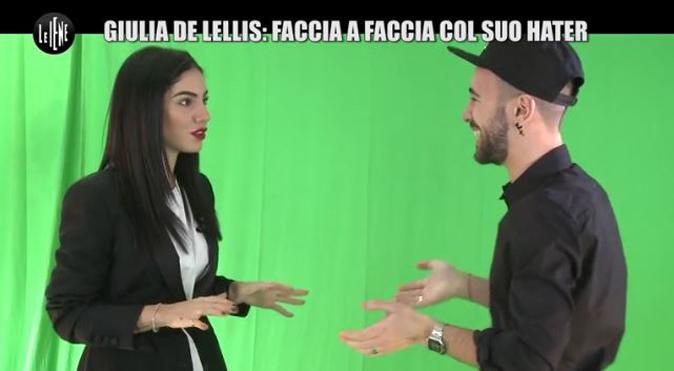 """Giulia De Lellis, Le Iene: faccia a faccia con l'hater, """"Io vittima di stalking per 3 mesi, fate attenzione!"""""""