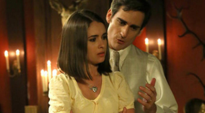 Il Segreto, puntata serale 20 aprile: Beatriz scappa con Aquilino a Parigi? Tutte le bugie