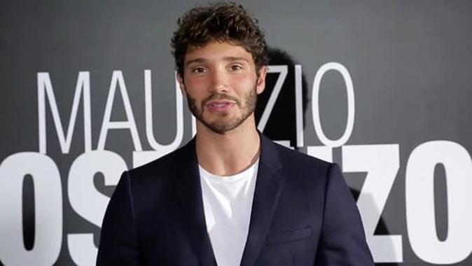 Maurizio Costanzo Show, anticipazioni e ospiti ultima puntata: da Stefano De Martino a Francesca Cipriani