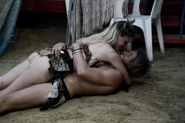 Grande Fratello 15, Mariana e Alberto: feeling e complicità, sta per nascere la terza coppia?