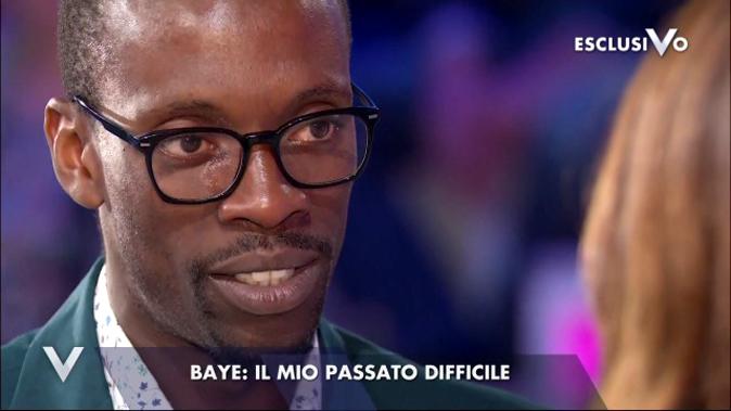"""Verissimo, Baye Dame viene sgridato da Silvia Toffanin: """"Spero di chiarirmi con Aida!"""""""