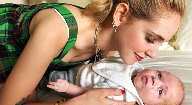 """Chiara Ferragni, da Fedez a Leone: ecco perché posta le foto del figlio sui social, """"La gioia della mia vita!"""""""