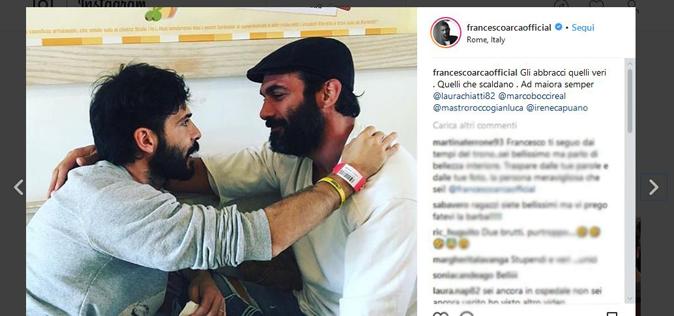 """Marco Bocci dopo il ricovero, come sta? La fotografia con Francesco Arca: """"Il calore degli abbracci…"""""""