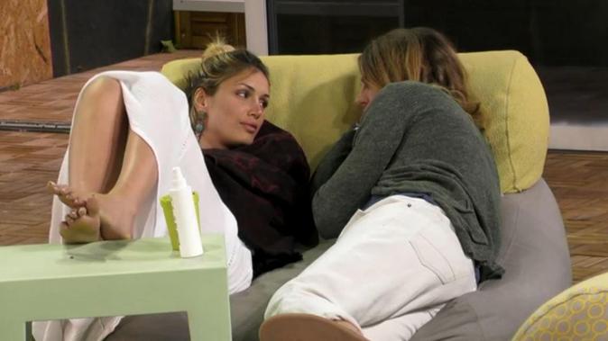 Grande Fratello 15, Alberto corteggia Mariana: ecco perché faceva il filo anche ad Aida Nizar