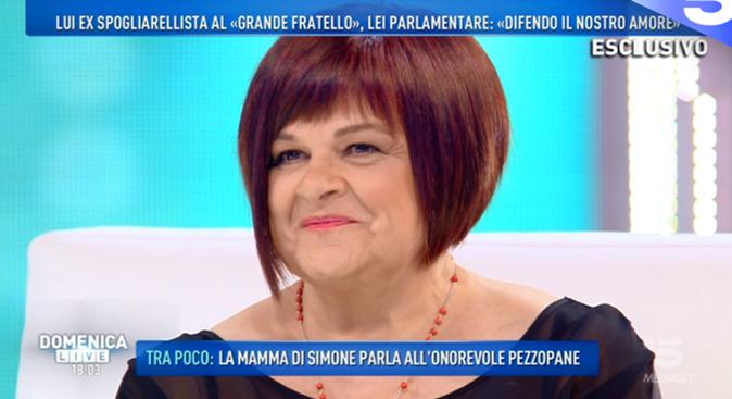 """Domenica Live, Stefania Pezzopane difende il compagno Simone Coccia: """"Condivido il suo sogno!"""""""