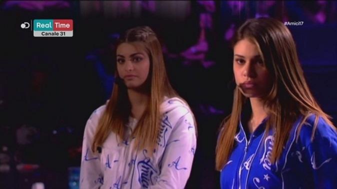 Amici 17, scontro acceso tra Carmen ed Emma prima della semifinale
