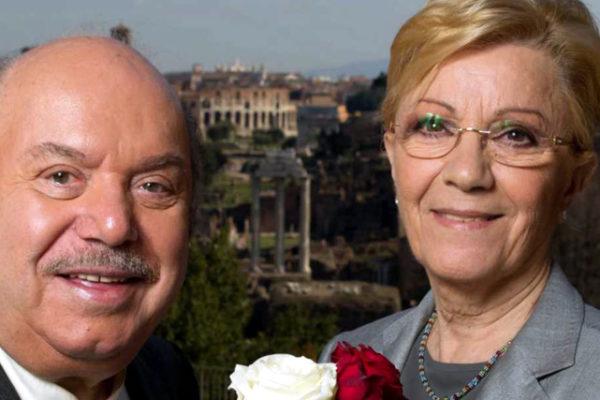 """Lino Banfi, parla di sua moglie Lucia: """"Sta meglio, l'ho vista ridere e mi ha fatto piacere!"""""""