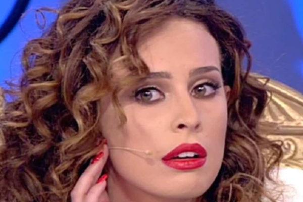 """Sara Affi Fella, Uomini e Donne: """"La mia famiglia sta male!"""", prime parole dopo lo scandalo"""