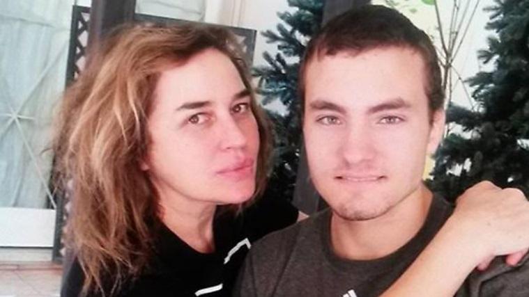 """Lory Del Santo, il figlio Loren suicida: """"Ci ha pregato di partecipare al GF Vip"""", il suo ricordo social – FOTO"""