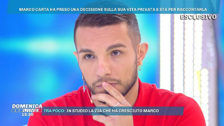 """Domenica Live, Marco Carta e il coming out: """"Sono gay, ho un compagno e sono felice!"""""""